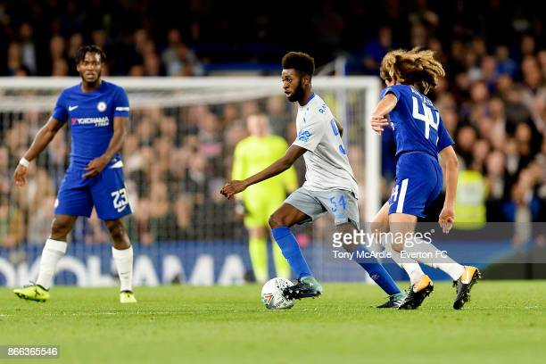 Beni Baningime of Everton on the ball during the Carabao Cup Fourth Round match between Chelsea and Everton at Stamford Bridge on October 25 2017 in...