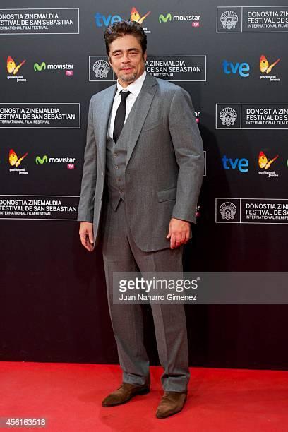 Benicio del Toro attends the 'Murieron Por Encima de Sus Posibilidades' premiere at the Kursaal Palace during the 62nd San Sebastian International...