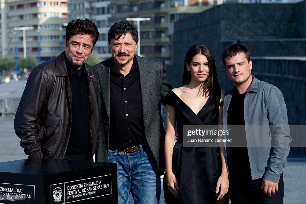 Carlos Ossa Escobar Detail: Benicio Del Toro, Carlos Bardem, Claudia Traisac And Josh
