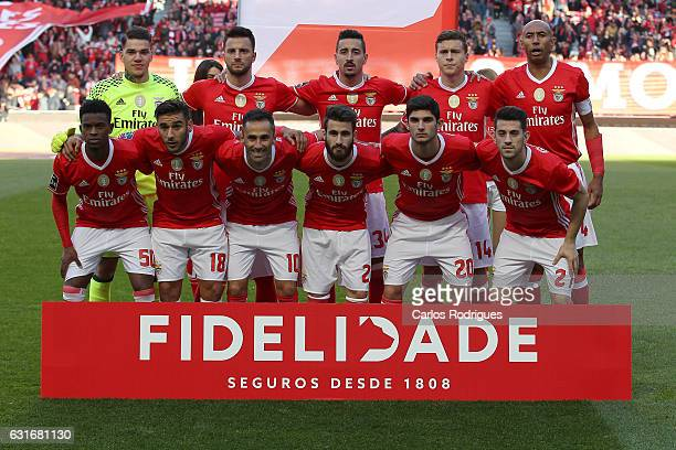 Benifca initial team during the match between SL Benfica and Boavista FC for the Portuguese Primeira Liga at Estadio da Luz on January 14 2017 in...
