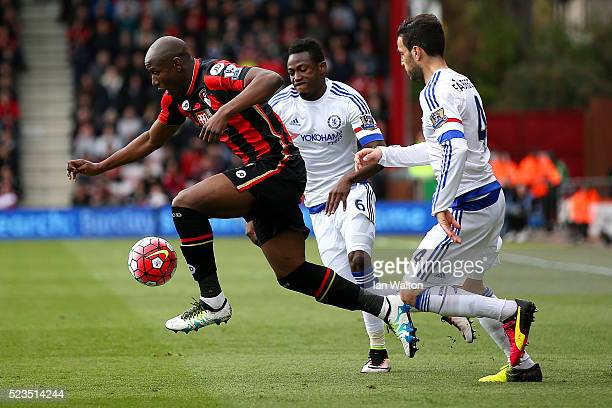 Benik Afobe of AFC Bouremouth is chased down by Cesc Fabregas of Chelsea during the Barclays Premier League match between AFC Bournemouth and Chelsea...