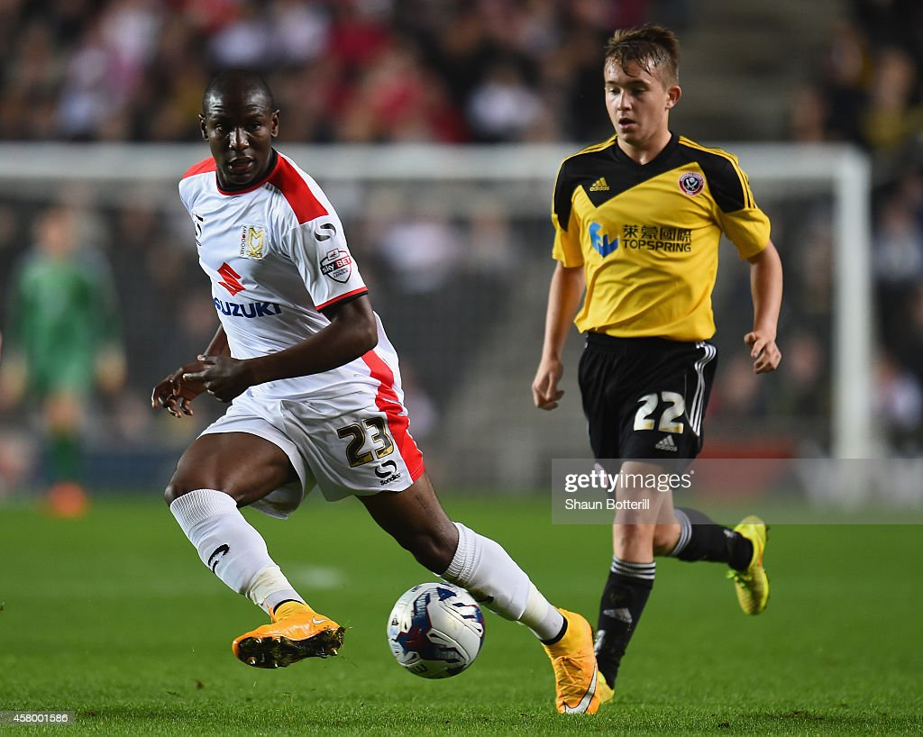 MK Dons v Sheffield United - Capital One Cup Fourth Round : ニュース写真