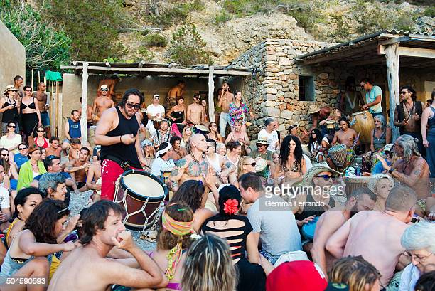 Each Sunday evening there is a notorious hippie beachfest A huge Batukada is organized in which the drums glad the sunset