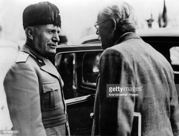 Benito Mussolini meets the british prime minister Ramsay MacDonald in Stresa at the Lake Maggiore. Photograph. . Treffen Benito Mussolini mit dem...