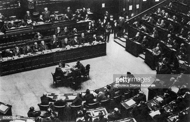 Benito Mussolini to Montecitorio pronounces the speech with which it suffocates the Opposition definitively It begins the Regime Photograph Italy...