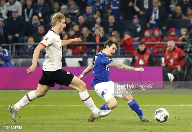 Benito Raman of FC Schalke 04 scores his team's first goal during the Bundesliga match between FC Schalke 04 and Eintracht Frankfurt at Veltins-Arena...