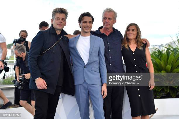 """Benjamin Biolay, Emanuele Arioli, Director Bruno Dumont and Blanche Gardin attend the """"France"""" photocall during the 74th annual Cannes Film Festival..."""
