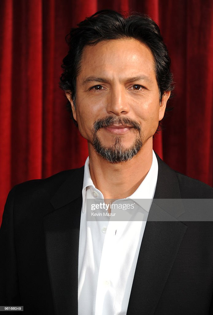 TNT/TBS Broadcasts The 16th Annual Screen Actors Guild Award - Red Carpet