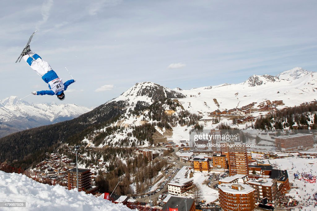 FIS Freestyle World Ski Championships 2014 - Men and Women's Dual Moguls : News Photo