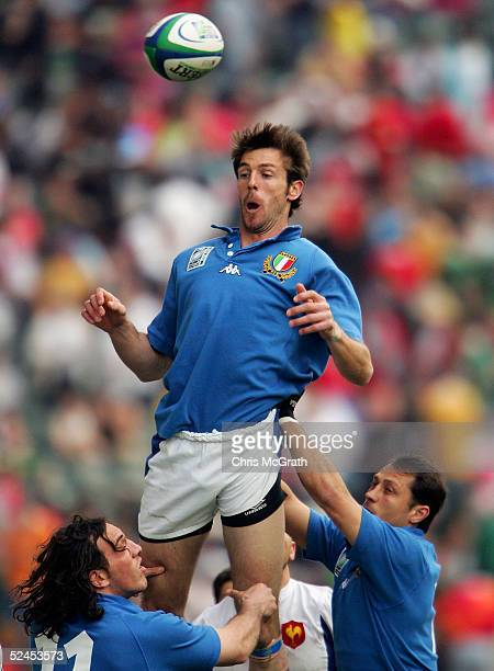 Benjamin De Jager of Italy loses the ball in a lineout against France on day two of the Rugby World Cup Sevens held at Hong Kong Stadium March 19...
