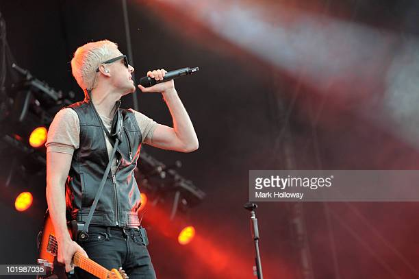 Benjamin Hudson of Mr Hudson performs on stage on the first day of the Isle OF White Festival at Seaclose Park on June 11 2010 in Newport Isle of...