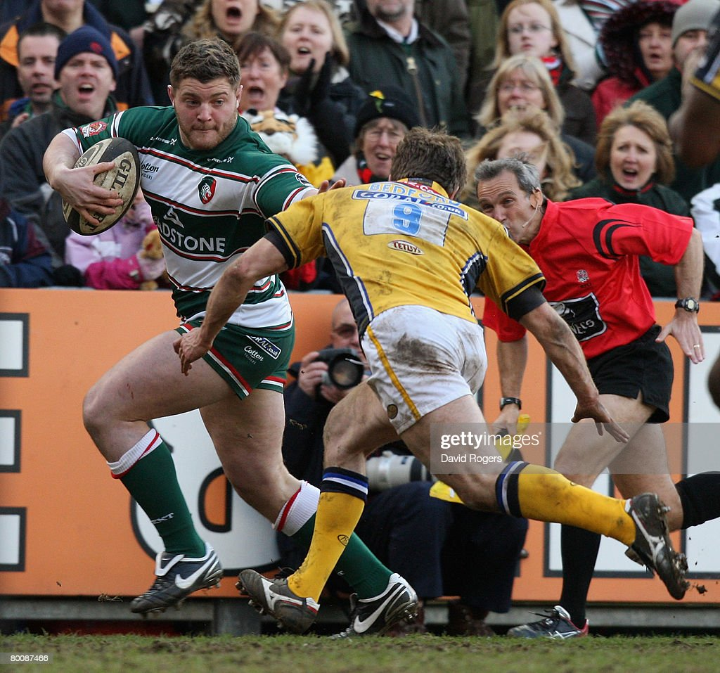Benjamin Kayser of Leicester races away from Joe Bedford during the Guinness Premiership match between Leicester Tigers and Leeds Carnegie at Welford Road on March 1, 2008 in Leicester, England.