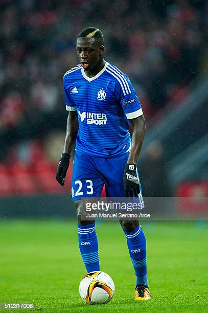 Benjamin Mendy of Marseille controls the ball during the UEFA Europa League Round of 32 Second Leg match between Athletic Club and Marseille at San...