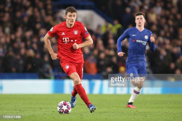 Benjamin Pavard controls the ball during the 2019/20 UEFA Champions League 1/8 playoff finale game between Chelsea FC and Bayern Munich at Stamford...