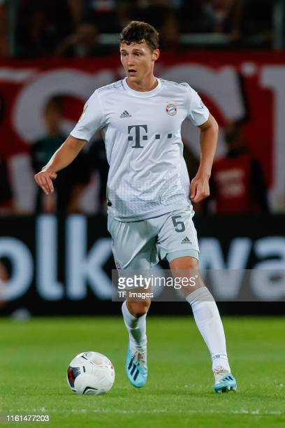 Benjamin Pavard of FC Bayern Muenchen controls the ball during the DFB Cup first round match between Energie Cottbus and FC Bayern Muenchen at...