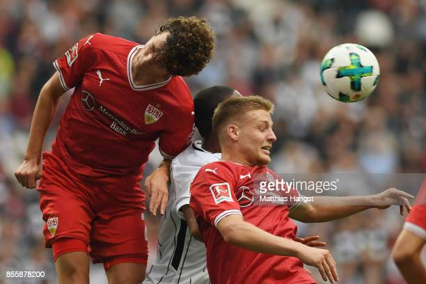 Benjamin Pavard of Stuttgart Jonathan de Guzman of Frankfurt and Santiago Ascacibar of Stuttgart during the Bundesliga match between Eintracht...