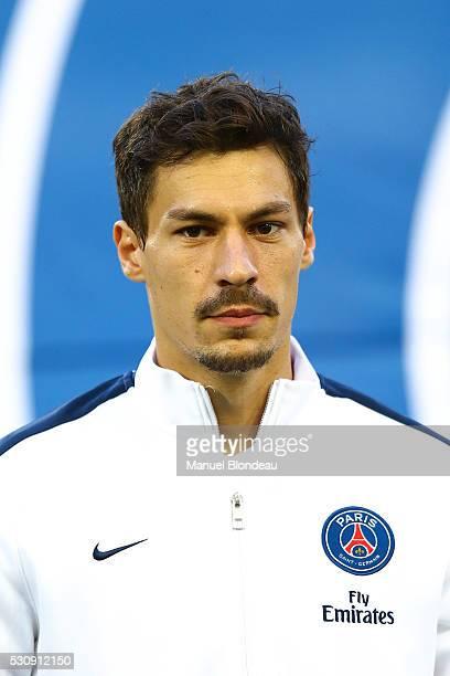Benjamin Stambouli of Paris SG during the French Ligue 1 match between FC Girondins de Bordeaux and Paris SaintGermain at Nouveau Stade de Bordeaux...