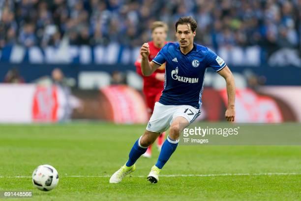 Benjamin Stambouli of Schalke controls the ball during the Bundesliga match between FC Schalke 04 and RB Leipzig at VeltinsArena on April 23 2017 in...