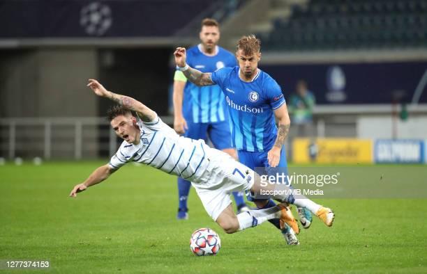 Benjamin Verbic of Kyiv battles for the ball with Niklas Dorsch of KAA Gent during the UEFA Champions League PlayOff first leg match between KAA Gent...