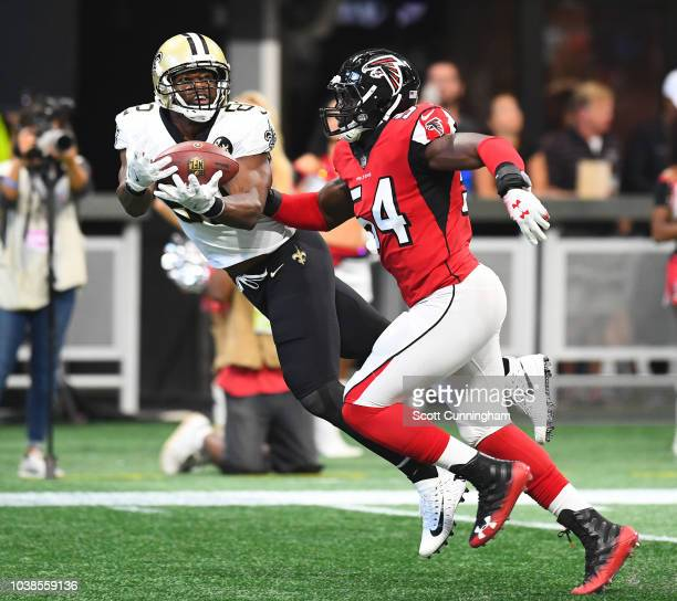 Benjamin Watson of the New Orleans Saints makes a second quarter catch against the Atlanta Falcons at MercedesBenz Stadium on September 23 2018 in...