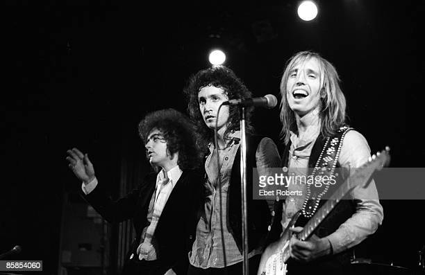 BOTTOMLINE Photo of Benmont TENCH and Mike CAMPBELL and Tom PETTY and Tom PETTY The HEARTBREAKERS LR Benmont Tench Mike Campbell Tom Petty Tom Petty...