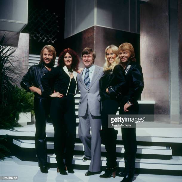 Benny Andersson AnniFrid Lyngstad Mike Yarwood Agnetha Faltskog and Bjorn Ulvaeus of Swedish pop group Abba on the 'Mike Yarwood Christmas Show'...