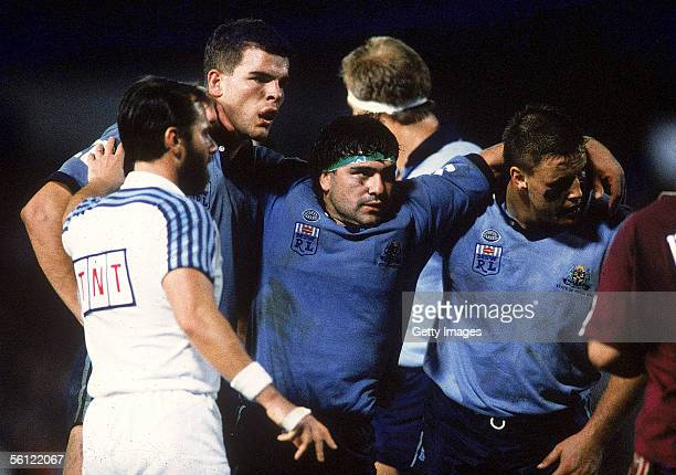 Benny Elias of the Blues in action during the NSWRL State of Origin match between the Queensland Maroons and the New South Wales Blues at Olympic...