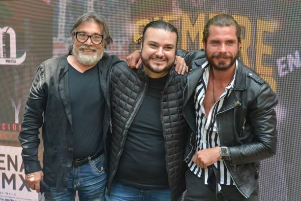 MEX: The Show 'Siempre en Domingo' Is Presented in Mexico City