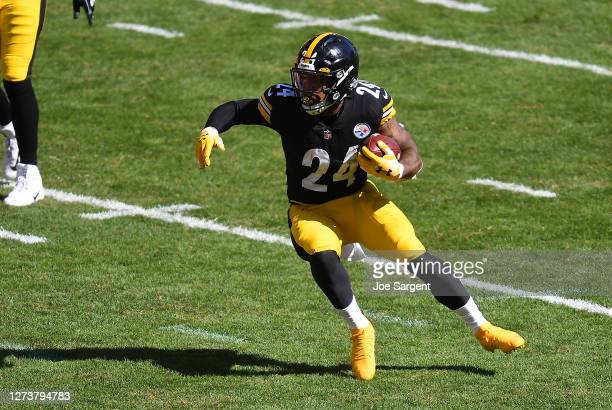 Benny Snell of the Pittsburgh Steelers in action during the game against the Denver Broncos at Heinz Field on September 20, 2020 in Pittsburgh,...