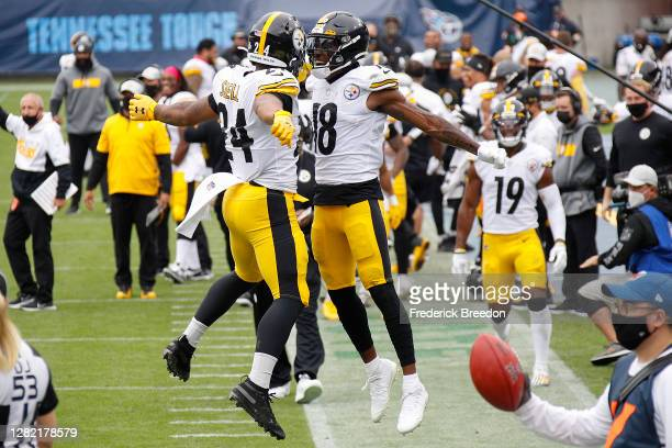 Benny Snell of the Pittsburgh Steelers is congratulated by teammate Diontae Johnson after scoring a touchdown against the Tennessee Titans during the...