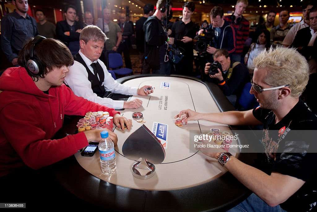 Benny Spindler (L) and Bertrand 'Elky' Gropellier play at the European Poker Tour 2011 in the Casino Gran Madrid on May 7, 2011 in Torrelodones, Spain.
