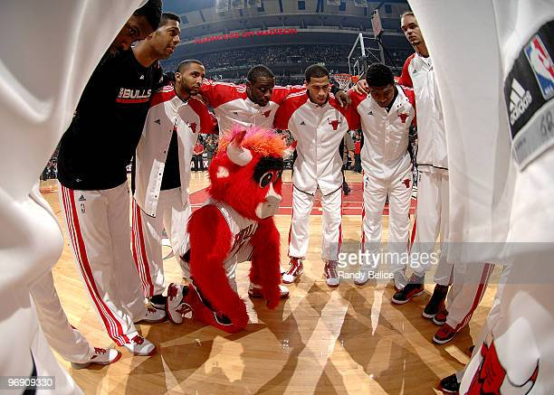 'Benny the Bull' joins the Chicago Bulls in their pregame huddle before the NBA game against the Philidelphia 76ers on February 20 2010 at the United...