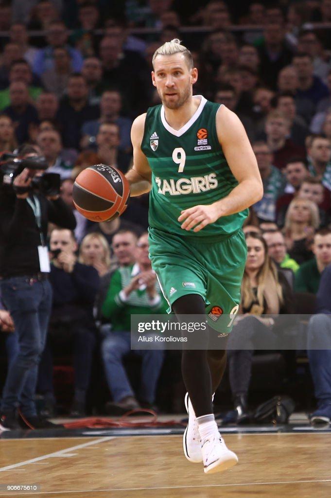 Zalgiris Kaunas v Valencia Basket - Turkish Airlines EuroLeague