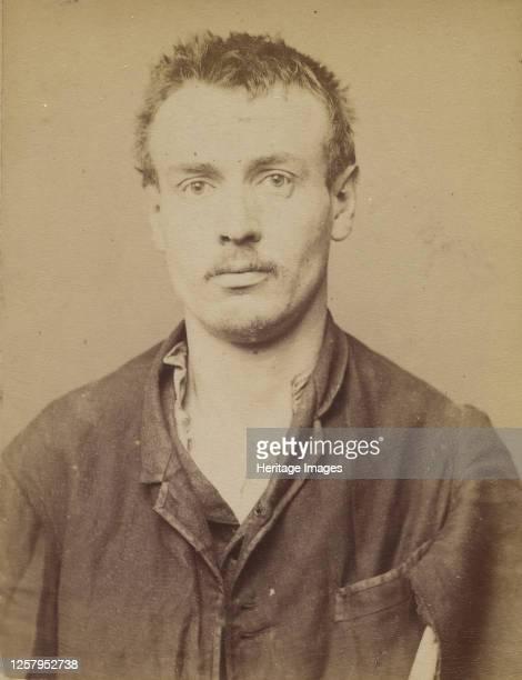 Benoit. Antoine. 29 ans, n� � Paris Xle. Journalier. Anarchiste, vagabondage. 4/3/94, 1894. Artist Alphonse Bertillon.