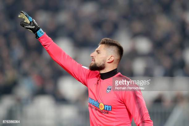 Benoit Costil of Bordeaux gestures during the Ligue 1 match between FC Girondins de Bordeaux and Olympique Marseille at Stade Matmut Atlantique on...
