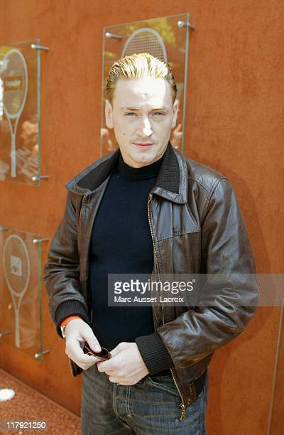 Benoit Magimel arrives in the 'VIP Village' during the French Open Tennis tournament held at Roland Garros Stadium in Paris France on June 2 2006