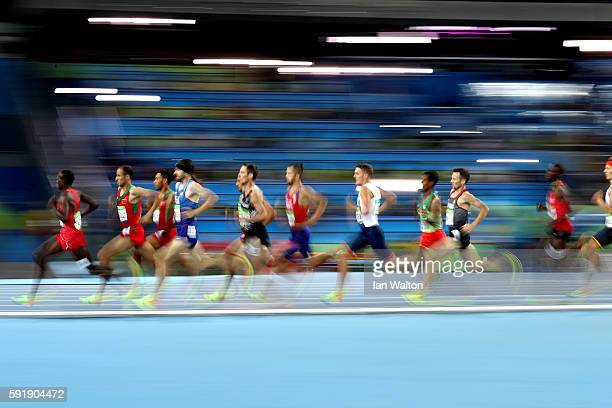 Benson Kiplagat Seurei of Bahrain leads a group in the Men's 1500m Semifinal on Day 13 of the Rio 2016 Olympic Games at the Olympic Stadium on August...