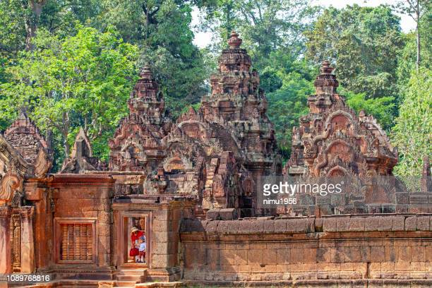 benteay srei temple, cambodia - banteay srei stock pictures, royalty-free photos & images