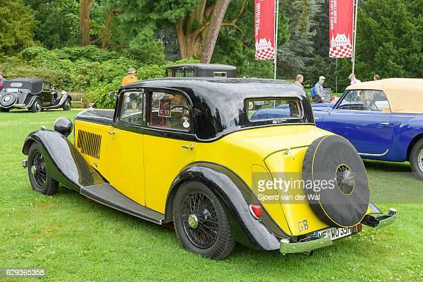 "bentley 3.5 litre park ward sports saloon 1934 vintage car - ""sjoerd van der wal"" stock pictures, royalty-free photos & images"