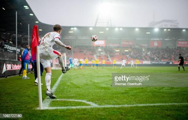 Bentley Baxter Bahn of Halle kicks a corner during the 3 Liga match between Hallescher FC and FC Carl Zeiss Jena at ErdgasSportpark on February 2...