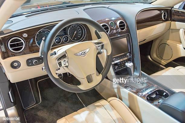 Bentley Flying Spur V8 luxury sedan interior