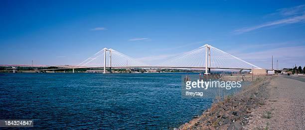 benton-franklin intercounty bridge, tri-cities, washington - pasco stock photos and pictures