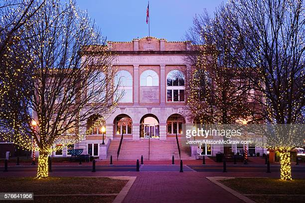 bentonville courthouse at christmas - bentonville stock photos and pictures