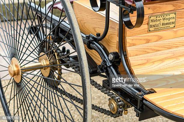 """benz patent motor-wagen 1886 the world's first automobile - """"sjoerd van der wal"""" or """"sjo"""" stock pictures, royalty-free photos & images"""