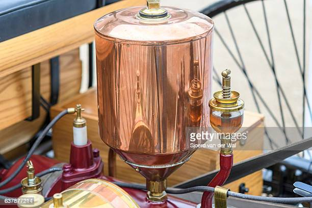"""benz patent motor-wagen 1886 the world's first automobile - """"sjoerd van der wal"""" stock pictures, royalty-free photos & images"""
