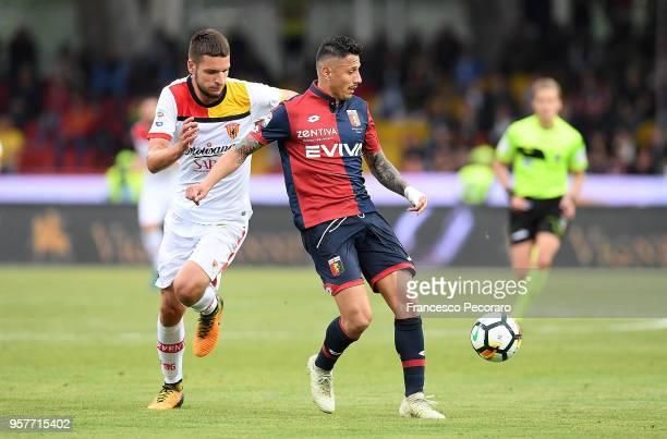 Berat Djimsiti of Benevento Calcio vies with Gianluca Lapadula of Genoa CFC during the serie A match between Benevento Calcio and Genoa CFC at Stadio...