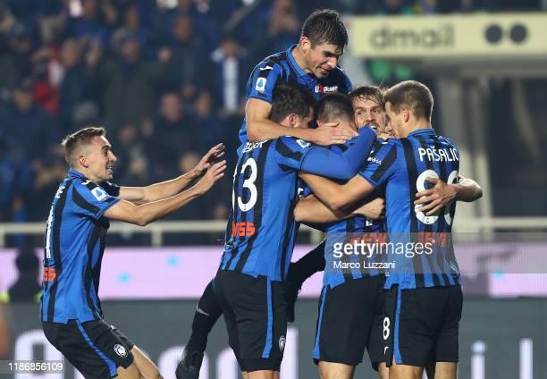 Berat Djimstiti of Atalanta BC celebrates his goal with his team-mates during the Serie A match between Atalanta BC and Hellas Verona at Gewiss...