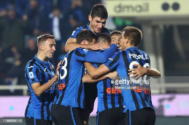 Berat Djimstiti of Atalanta BC celebrates his goal with his teammates during the Serie A match between Atalanta BC and Hellas Verona at Gewiss...