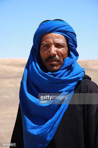 berber man in sahara - tuareg tribe stock pictures, royalty-free photos & images