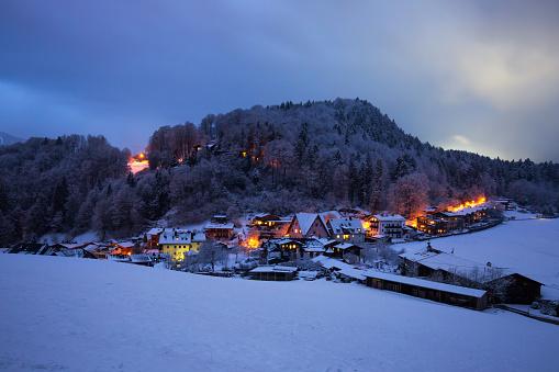 Berchtesgaden at night in winter (Berchtesgadener Land, Bavaria, Germany) - gettyimageskorea